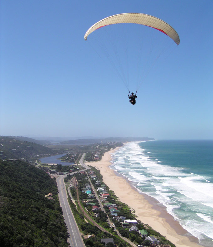Paragliding and hang gliding in Wilderness South Africa